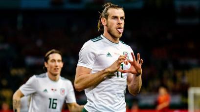 Bale marca un 'Hat trick' ante China y hace historia con Gales