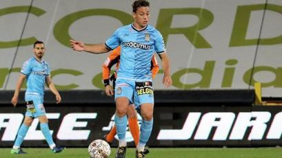 Cristian Benavente se lució con gran asistencia en gol del Charleroi