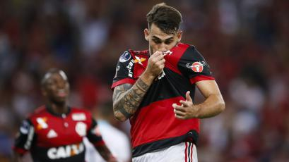 Con asistencia de Trauco, Flamengo venció a Junior en la Copa Sudamericana