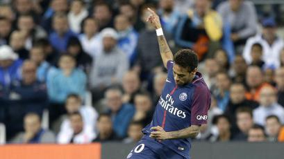 Neymar abandonó entrevista por pregunta sobre el Real Madrid