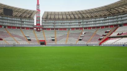 Estadio Nacional inició recuperación de su campo de juego de cara al reinicio del fútbol