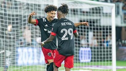 MLS: Yordy Reyna anotó golazo para el triunfo del DC United y celebró haciendo La Garrotera (VIDEO)