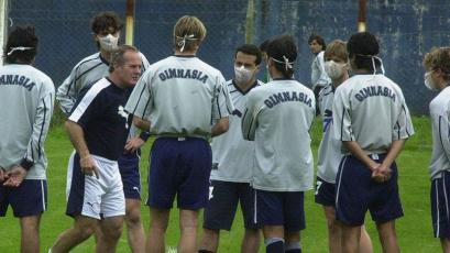 """Carlos Ramacciotti: """"Jugar con mascarillas tendrá que ser obligatorio como usar las canilleras"""""""