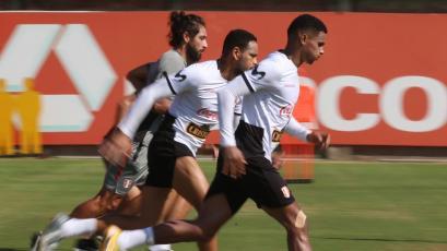 Jefferson Farfán, Alexander Callens y Marcos López cumplieron otro día de entrenamientos en Videna