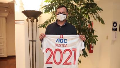 Alianza Lima: Carlos Bustos llegó al Perú para hacerse cargo del equipo blanquiazul
