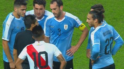 Perú vs. Uruguay: Miguel Trauco provocó la expulsión de Martín Cáceres (VIDEO)