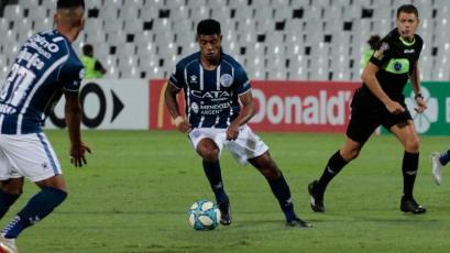 Godoy Cruz y Wilder Cartagena ganaron en cancha de Vélez con Luis Abram