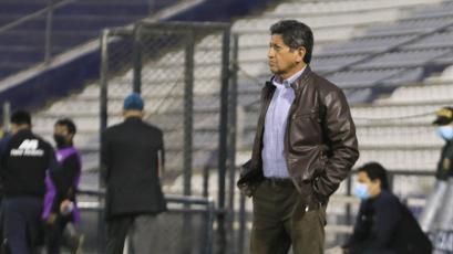 """Javier Arce: """"El empate vale por el desarrollo del partido"""