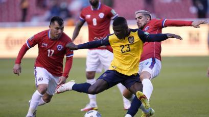 Eliminatorias Sudamericanas: Ecuador y Chile igualaron sin goles en Quito por la fecha 6