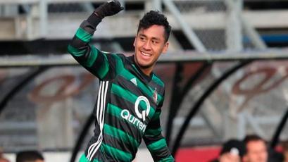 Renato Tapia y Feyenoord empataron frente al Utrecht