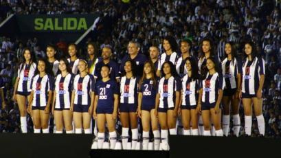 Alianza Lima también presentó a su equipo de voleibol femenino en la Noche Blanquiazul 2020
