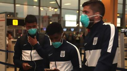 Copa Libertadores: Alianza Lima viajó a Argentina con mascarillas para evitar el coronavirus (VIDEO)