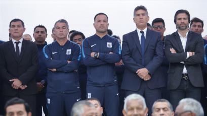 Alianza Lima hizo homenaje al Señor de los Milagros