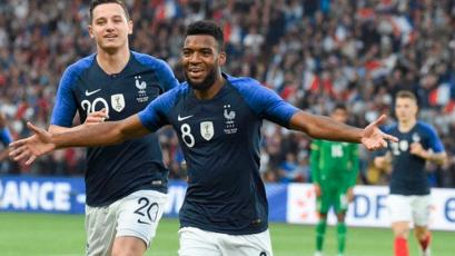 Francia venció a Bolivia con goles de Lemar y Griezmann (2-0)