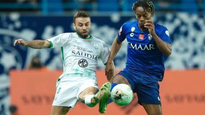 André Carrillo ganó en su primer partido del 2020 con el Al Hilal