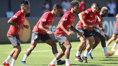 Perú vs. Uruguay: bicolor entrenó con André Carrillo motivado por jugar el sábado