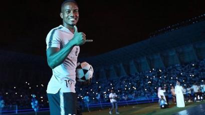 André Carrillo jugará la Copa de Clubes Árabes con el Al Hilal
