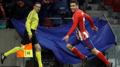 Atlético de Madrid ganó y se acercó al Barcelona en La Liga