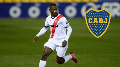 Luis Advíncula habría cerrado acuerdo con Boca Juniors por casi 3 millones de dólares