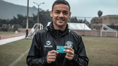 Cusco FC: Alfredo Ramúa es oficialmente peruano tras recibir su DNI