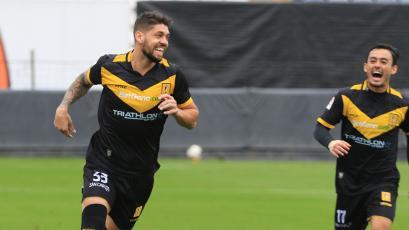 """Gabriel Leyes: """"Es cuestión de ganar dos partidos y ya te prendes con el pelotón de arriba"""