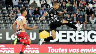 Christian Benavente anotó el gol del triunfo para el Charleroi