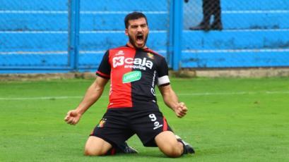 FBC Melgar: Bernardo Cuesta llegó a los 100 goles con camiseta 'rojinegra'
