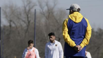 Boca Juniors: Carlos Zambrano fue registrado y arrancaría en el reinicio de la Copa Libertadores