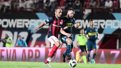 Boca Juniors, con dos hombres más, igualó con San Lorenzo