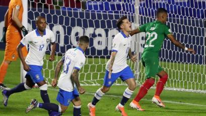 Brasil goleó 3-0 a Bolivia en estadio Morumbi  por el grupo A de la Copa América