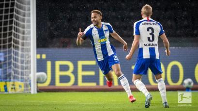 Bundesliga: Hertha Berlín se apodera del derby goleando al Unión Berlín (VIDEO)