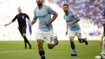Manchester City consigue su primer título de la temporada