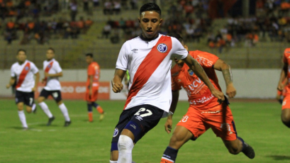 Nolberto Solano habló sobre la posible llegada de Rodrigo Vilca al Newcastle