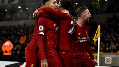 Liverpool superó al Wolverhampton y sumó 22 triunfos en 23 partidos de la Premier League