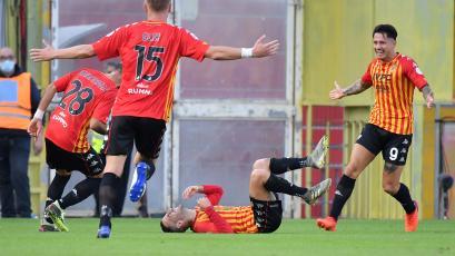Gran asistencia de Gianluca Lapadula en derrota del Benevento por Serie A