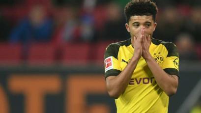 Borussia Dortmund anunció que no venderá a Jadon Sancho al Manchester United