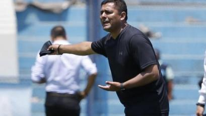 Jorge Espejo y el debut de la Academia Deportiva Cantolao: