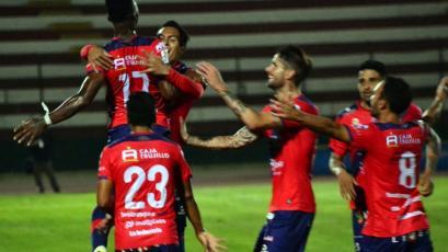 Mannucci festeja aniversario con triunfo sobre Cantolao y se acerca a la Sudamericana