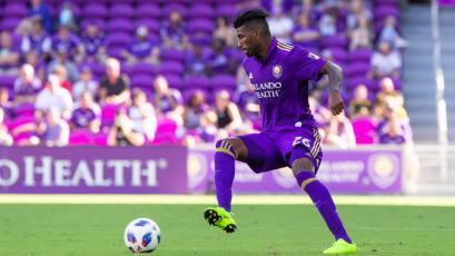 Carlos Ascues jugó en la derrota de Orlando City