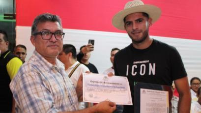 Selección Peruana: Carlos Zambrano fue declarado huésped ilustre en Rioja y esto dijo (VIDEO)