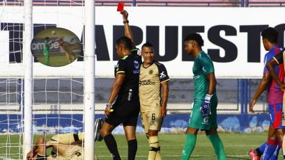 Liga1 Betsson: defensa de Cusco FC emuló a Luis Suárez en Sudáfrica 2010 y el árbitro cobró penal (VIDEO)