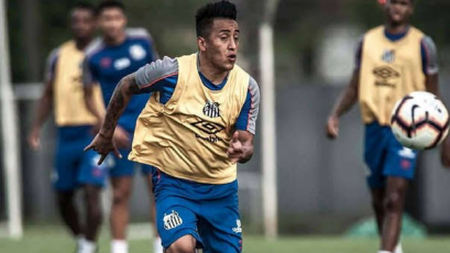 Christian Cueva quedó fuera de la lista de Santos para la Copa Brasil