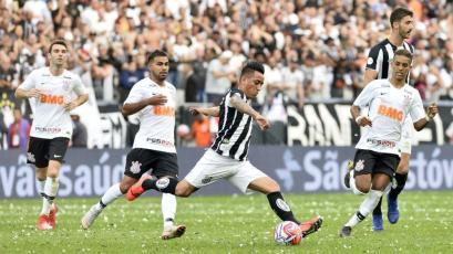 Brasileirao: Santos de Christian Cueva es puntero tras vencer 2-1 a Fluminense (VIDEO)