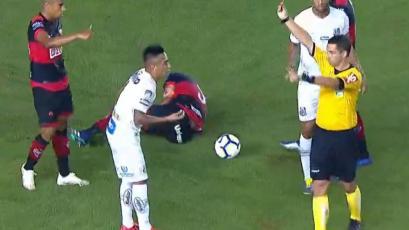 Santos: Christian Cueva ingresó a los 80' y fue expulsado a los 94' en la Copa de Brasil