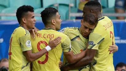 Colombia presentó una lista provisional de 37 jugadores a un mes para la próxima Fecha FIFA