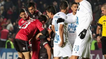 Copa Sudamericana: Colón de Santa Fe goleó 4-0 a Zulia FC de Venezuela y lo eliminó (VIDEO)