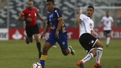 Copa Libertadores: Delfín sorprendió a Colo Colo en Chile