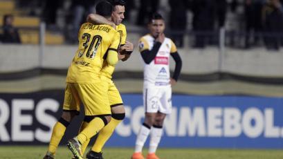 Copa Libertadores: Peñarol ganó pero quedó fuera del certamen