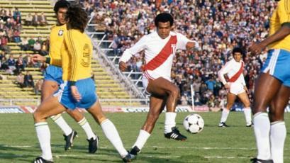 La FIFA recuerda a Teófilo Cubillas como el sucesor de Pelé