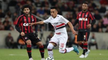 Christian Cueva no pudo evitar la derrota de Sao Paulo
